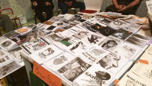 fanzineist fanzin apartmanı masa